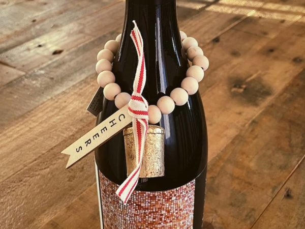 holiday wine charm