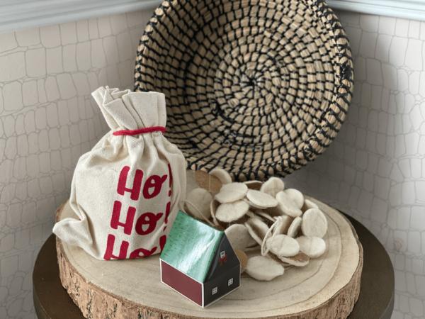winter holiday bundle with wood slice